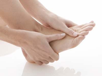 Bệnh Gout: Nguyên nhân, triệu chứng và cách hỗ trợ điều trị hiệu quả